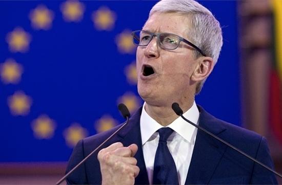 Tim Cook, CEO al Apple, critică platformele de social media deoarece instigă la ură şi creează haos